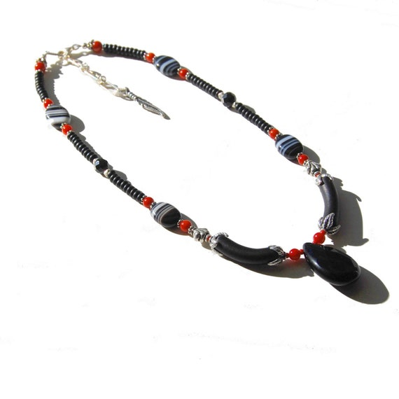 Sardonyx & Coral Necklace in Black, Red, and White