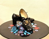 Private Listing for daphniedelightful -- Vintage Black Patent Leather Medium Heel 70s Mod Dress Pumps