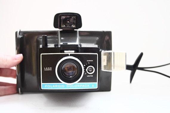 vintage polaroid colorpack 2 land camera. Black Bedroom Furniture Sets. Home Design Ideas