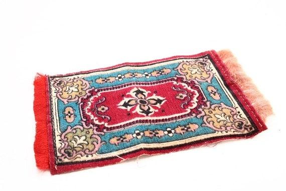 Vintage Tobacco Felt Dollhouse Oriental Style Carpet in Reds
