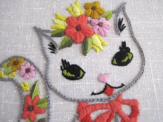 Kitsch Cat Large Crewel Embroidery Frame