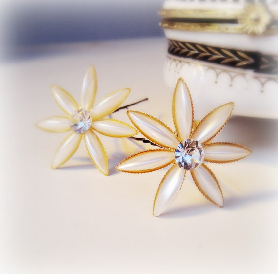 1/2 OFF SALE Rhinestone and Cream Pearl Flower Hair pins Set of Two
