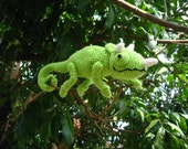 Jackson the Jackson's Chameleon amigurumi with velcros