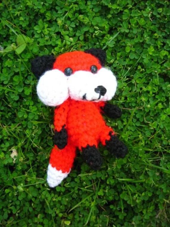 Kabrey the Fox amigurumi