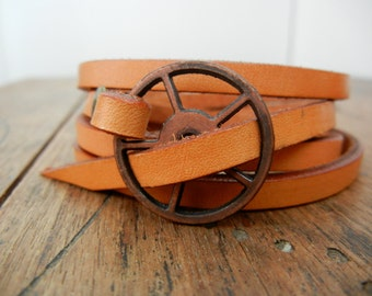 Leather Wrap Bracelet in Natural leather with copper buckle