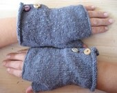 marje's gloves - but you can buy them