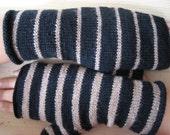 caramel black twin gloves