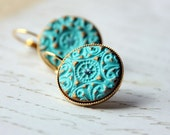The princess earrings- ligth turquoise and gold clay on round plated gold setting