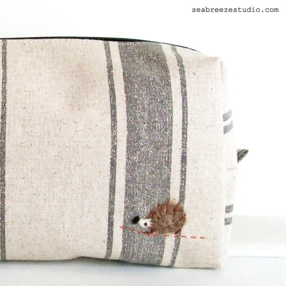 SALE Medium box pouch -grey stripe  with a hedgehog appliqué