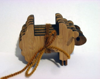Bamboo sheep bobbins - flock of 5