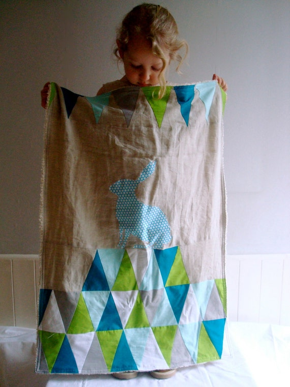 Circus Stroller Quilt - blue triangles