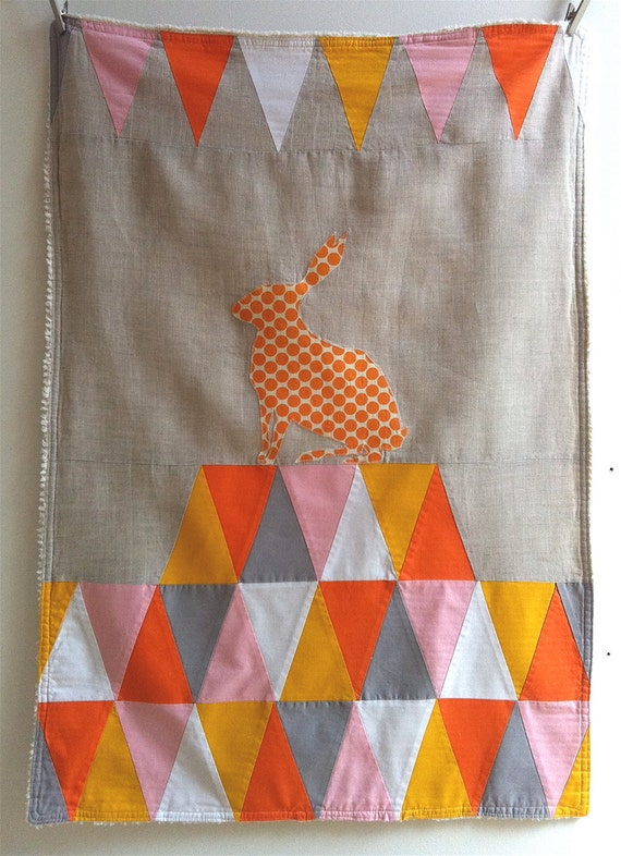 Circus Stroller Quilt - orange triangles