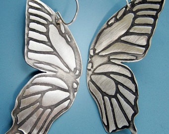 Butterfly Impression Earrings