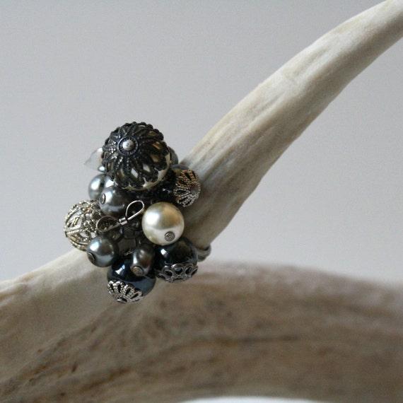 sale Gray Skies pearl bead adjustable ring
