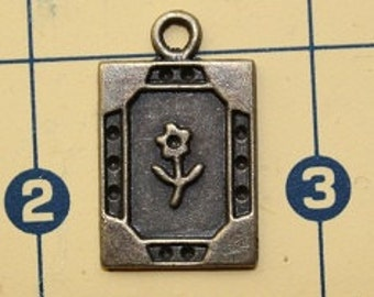 Charm  - square with flower