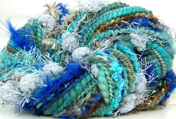 HandSpun Yarn art yarn merino wool Turquoise Periwinkle 72 yards Kitty Grrlz Art Yarn