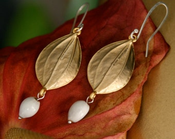matte gold drop earrings with natural seeds - bridal jewelry - boho earrings - art nouveau