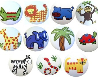Hand Painted JUNGLE Safari Animal Decorative Dresser Wood Furniture Nursery Room Childrens Kids Baby Art Room Decor Drawer Pull Knobs