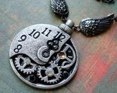 Tempus Fugit - Steampunk Necklace
