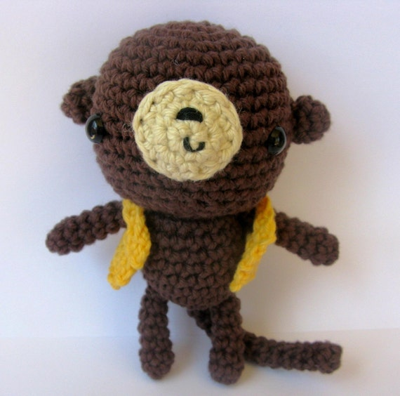 Amigurumi Gorilla Pattern : Little Amigurumi Monkey crochet pattern by anapaulaoli on Etsy