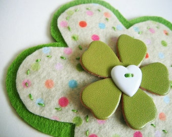 Colour Burst Brooch in Lime