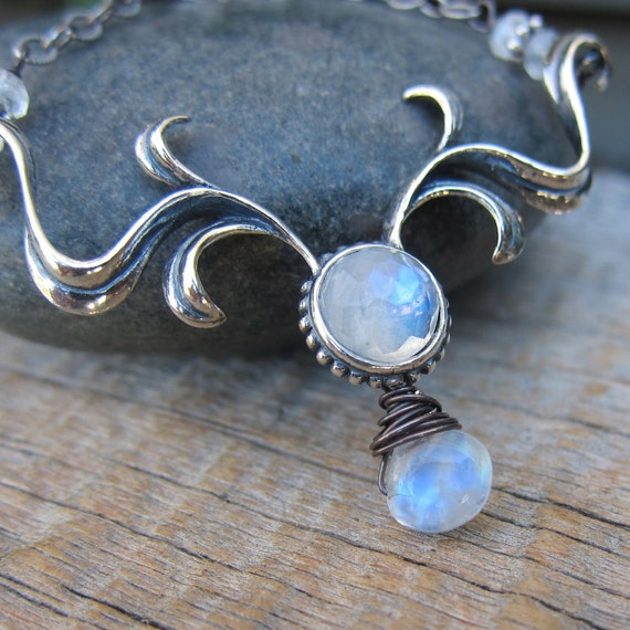 Spring Bulb's Advent Necklace ... Sterling Silver and Blue Fire Rainbow Moonstone