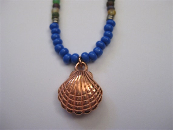 PRESCIOUS SHELL Frosted Glass Beads Children's Necklace Copper Shell