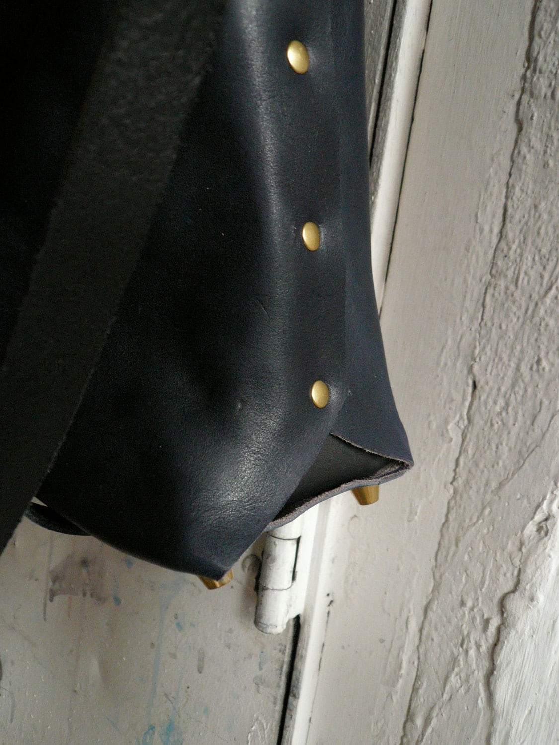 the midnight tote in black and navy
