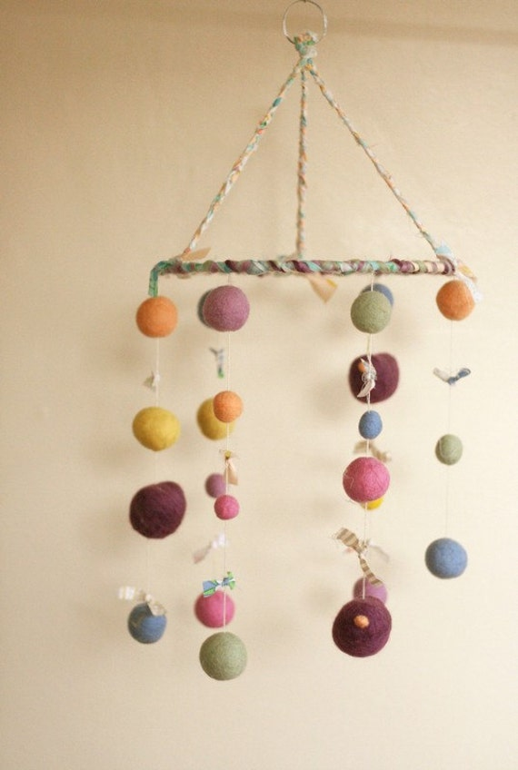 Spring Birds - Eco Friendly - Natural - Felted Wool - Baby Mobile