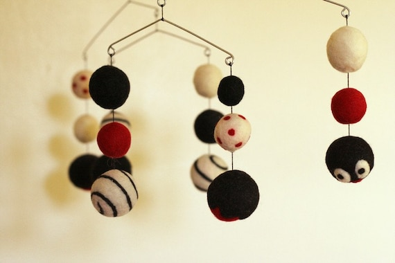 Brainy Baby - Eco Friendly - Natural - Felted Wool - Baby Mobile