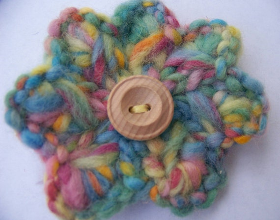 Pastel Large Knitted Flower Pin