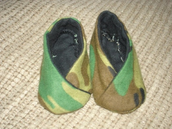 Camo boutique baby shoes booties