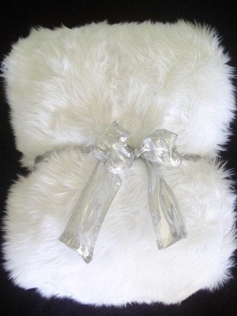 White Shag Faux Fur Boutique Throw Blanket