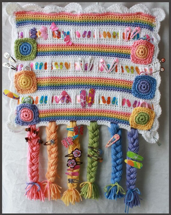 5 Hair Accessory Organizer Crochet Patterns - Organize barrettes, clips, ponytails