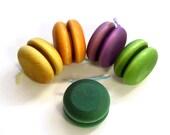 Hardwood Yo-Yo - Dyed - Pick Your Color