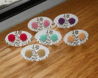 sweet little mums all in a row  vintage inspired flower stud earrings