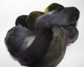 Hand dyed BFL Spinning Wool Roving 4 oz Midnight Camo 4