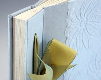 Handmade Photo Album - Blue Embossed Daisy - Small