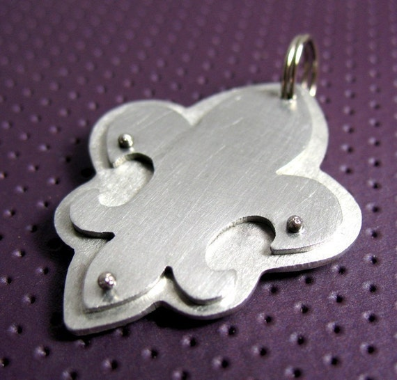 Fleur De Lis Pet Tag, with your pets name and number