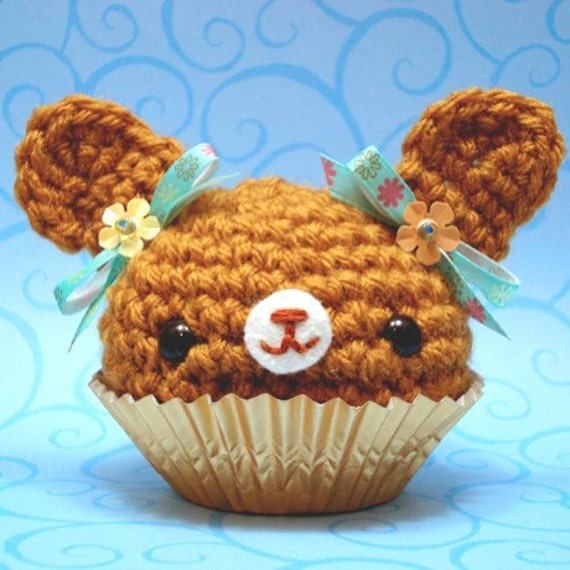 Amigurumi Cupcake Bunny : Amigurumi Brown bunny cupcake with teal ribbons
