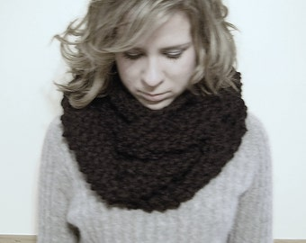 Chunky Knit Women's Infinity Cowl Scarf -  Black