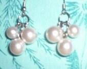 Dangly faux pearl earrings