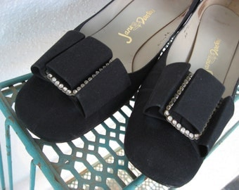 60s Vintage Mod Bow Shoes - 1960s Black Pumps - Sparkle Rhinestones Bows - Jane Debsters - 6.5 B