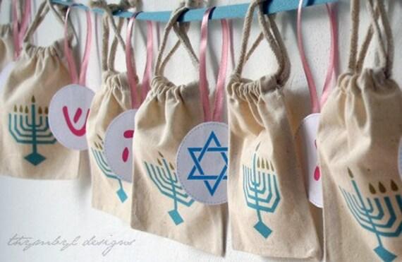 Hanukkah Gelt Pouch Calendar - Nes Gadol Haya Sham