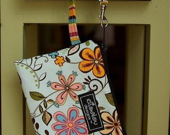Flower Girl Padded Wristlet mini purse, iPhone, Samsung Galaxy, iPod, cell phone, camera bag