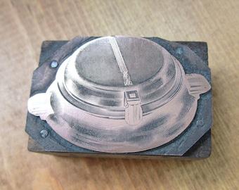 Vintage Letterpress Printers Block Art Deco Waffle Iron