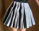 Pleated Pullip skirt