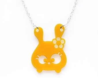 Tumsy the bunny necklace - Yellow