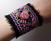 70's Rose cuff