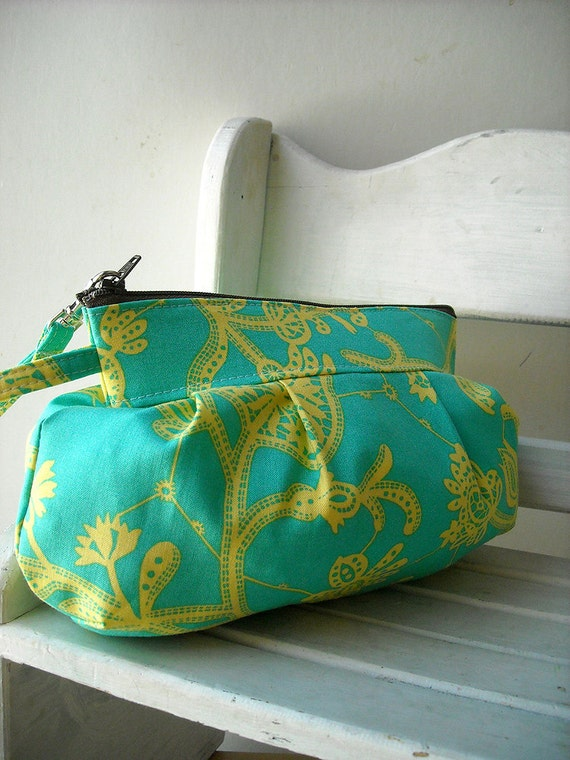 25% OFF SALE - Souvenir in Mineral - Zipper Pouch with Clip